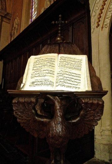 messe d'enterrement église obsèques religieuses cérémonie catholique funéraire musique chant obsèques aria
