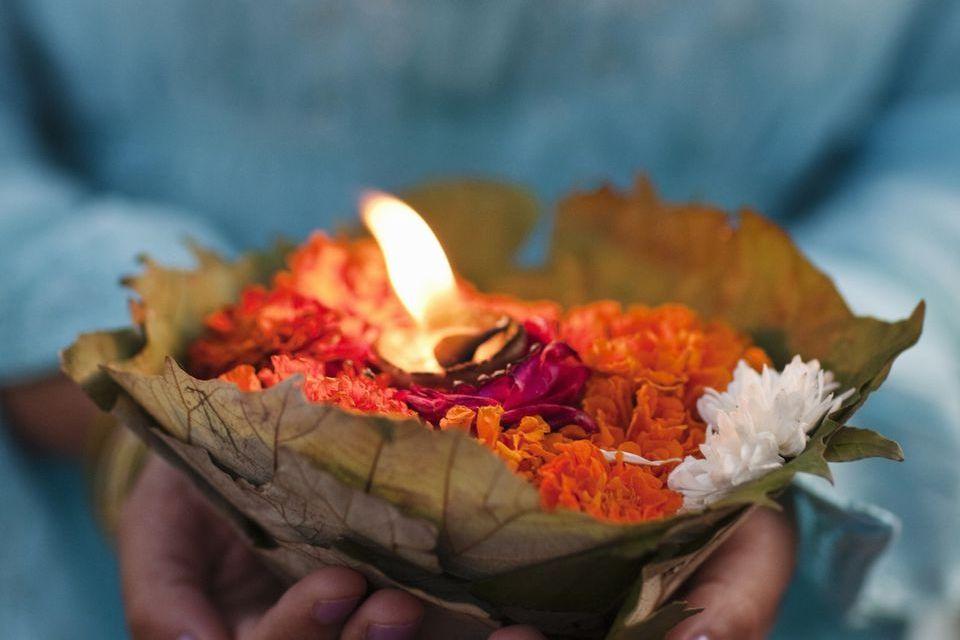 aria ceremonie commemorative anniveraire deces ceremonie du deuilnir cérémonie du deuil hommage defunt