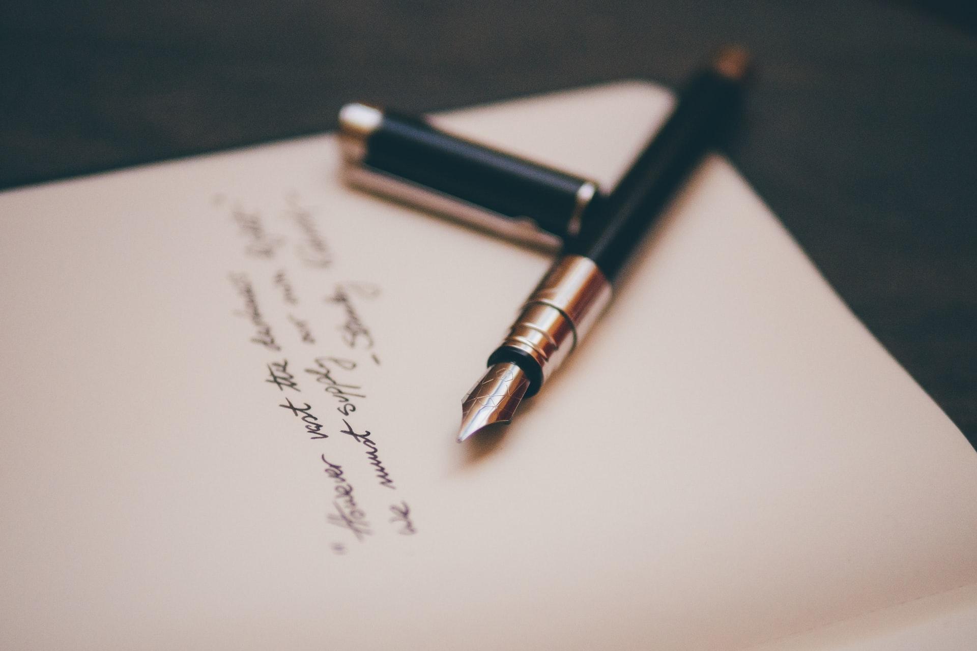 comment écrire un discours d'enterremnt ou éloge funèbre