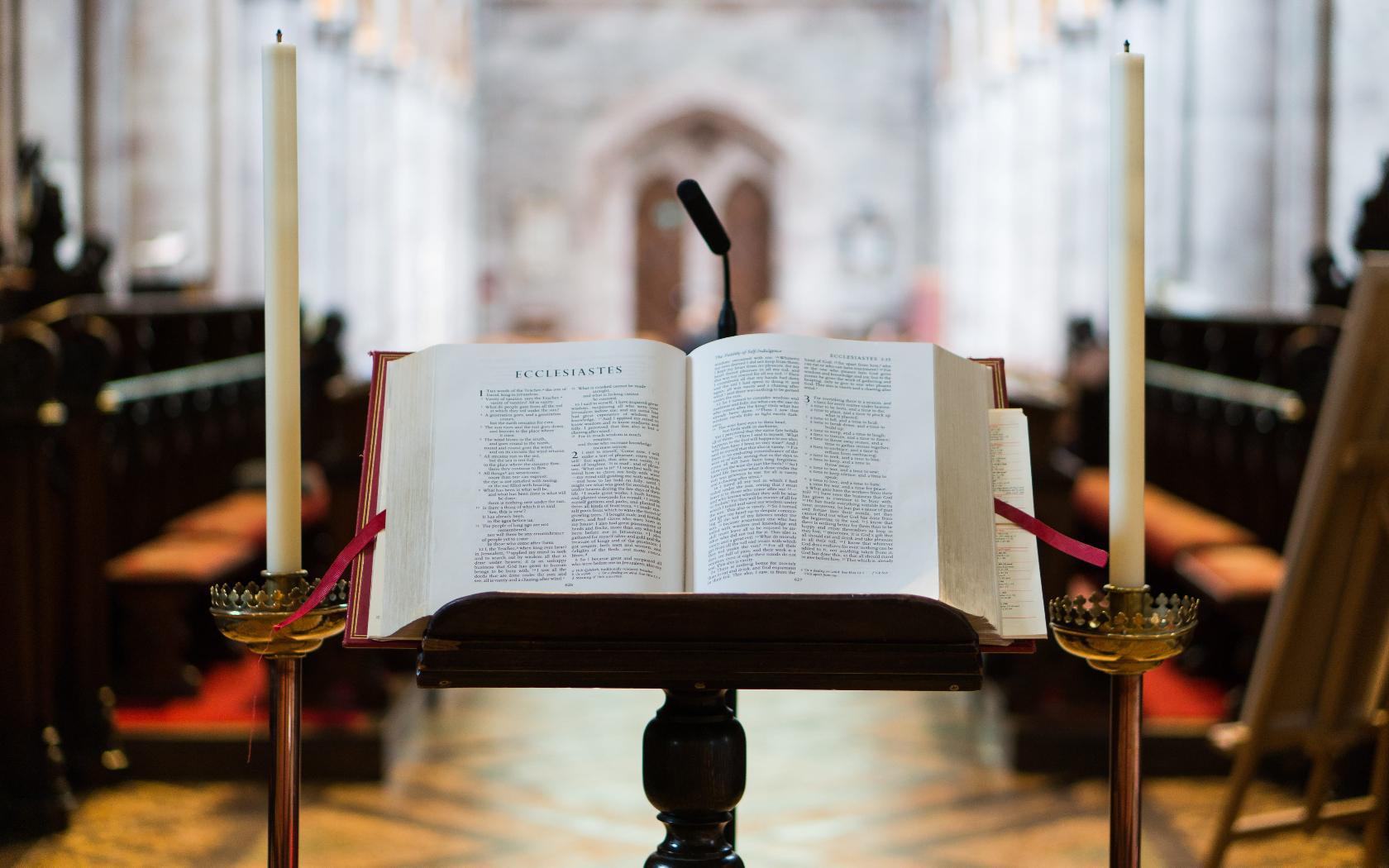 aria lieu prise de parole discours enterrement eglise messe enterrement